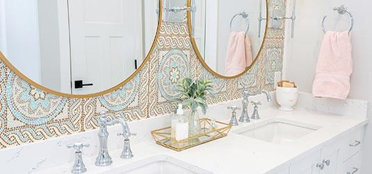 Une salle de bains de style marocain - les idées qui vous aideront à obtenir un résultat stupéfiant !